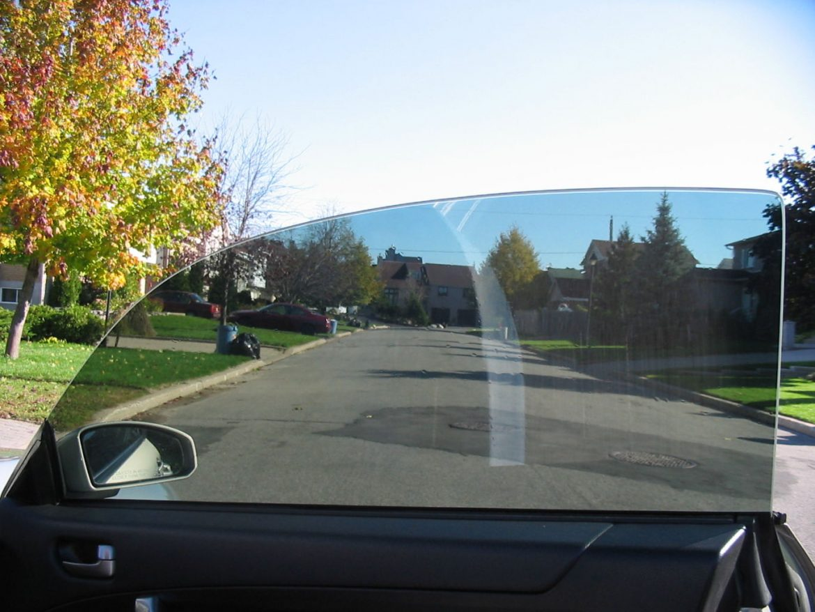 Clean Automotive Tinted Windows Properly to Avoid Damage - Automotive Window Tinting in Seattle, Washington